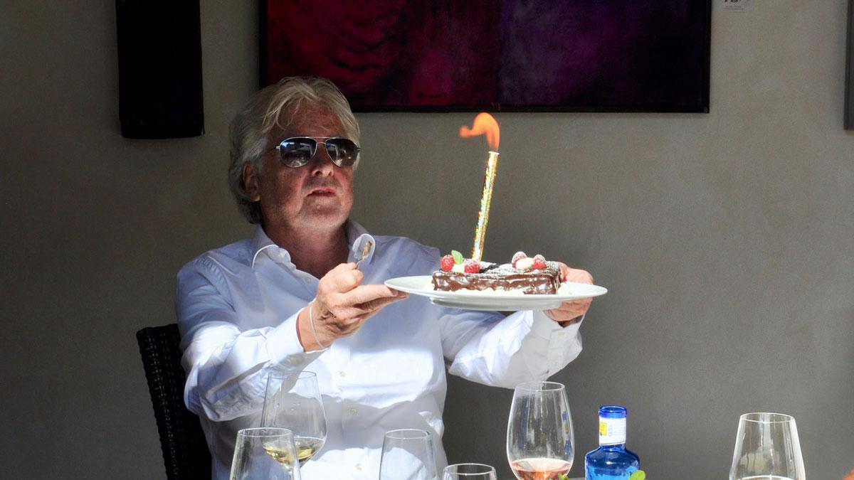 Natürlich darf die Torte beim 60. Geburtstag nicht fehlen. Foto WR