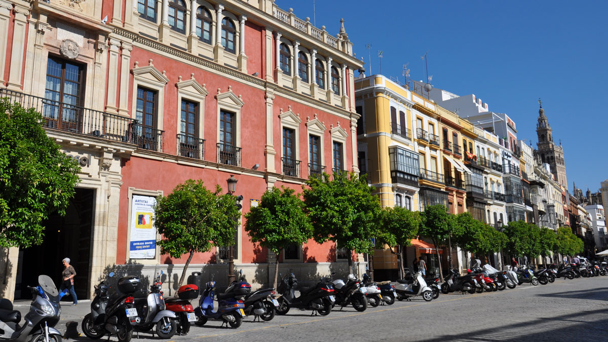 Plaza de San Francisco: Cafés, Restaurant, Bars, alles in der Nähe der Kathedrale. Foto WR