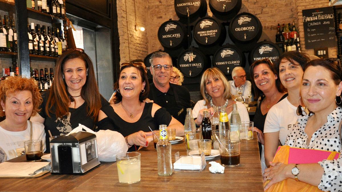 Maestro Marcelino: Auch die Señoras lieben diese Tapas Bar. Foto WR