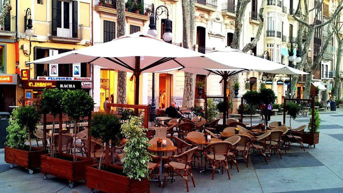 Bar Bosch: Der beliebte Platz für den Sundowner. Foto Bosch