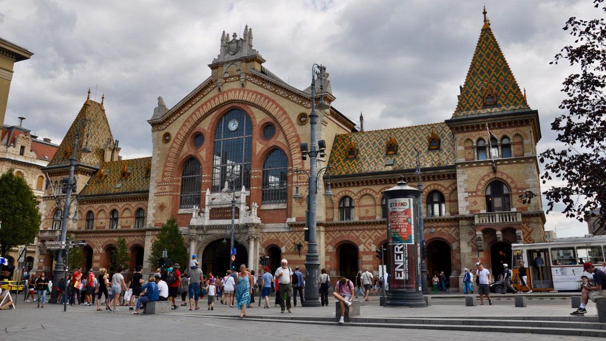 Die Markthalle: Anziehungsort für hungrige Touristen. Foto WR