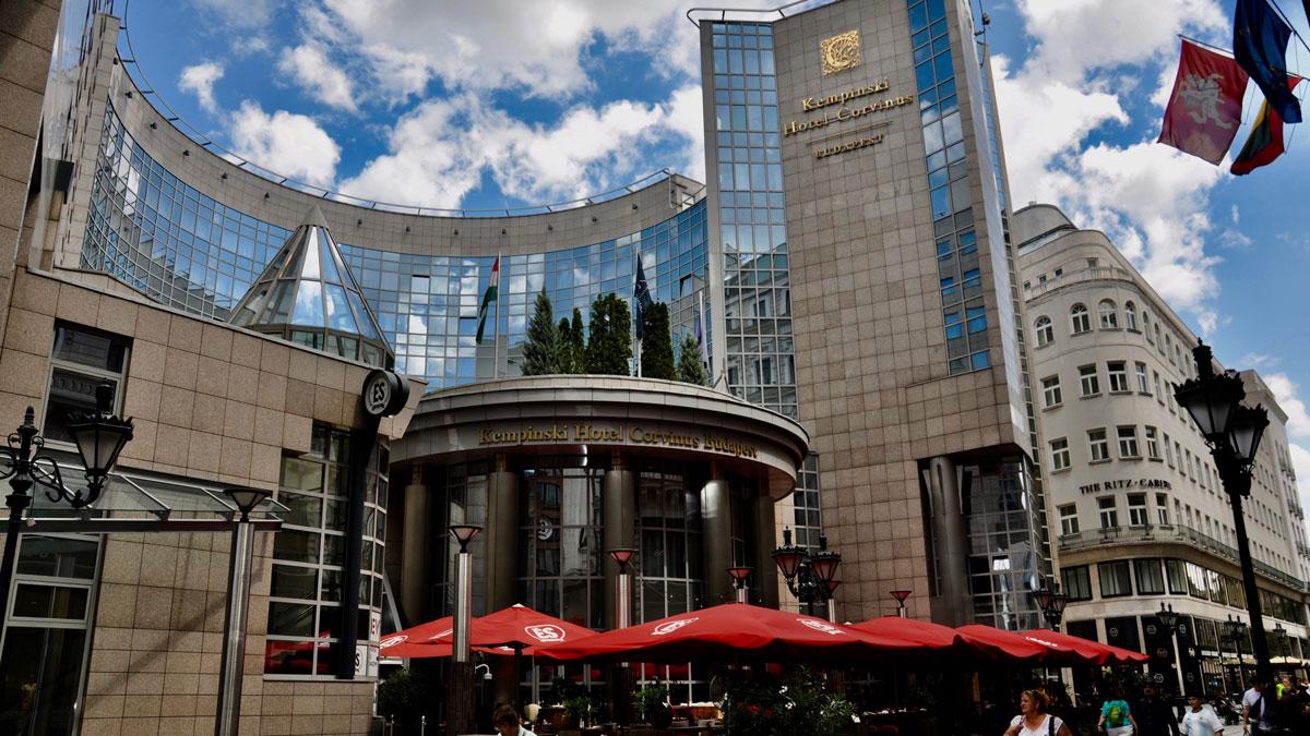 Kempinski Hotel Corvinus: Gehört zu den ersten Adressen der Stadt. Foto WR