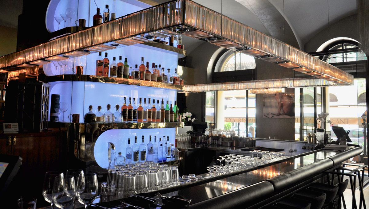 """Seit Anfang des Jahres geöffnet: Die Bar im """"Zeya"""". Foto WR"""