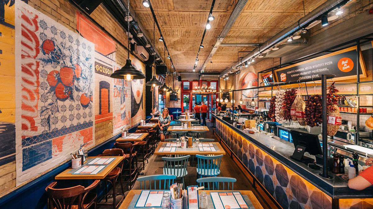 Auch Jamie Oliver hat im Kneipenviertel eine Pizzeria/Bar in Budapest