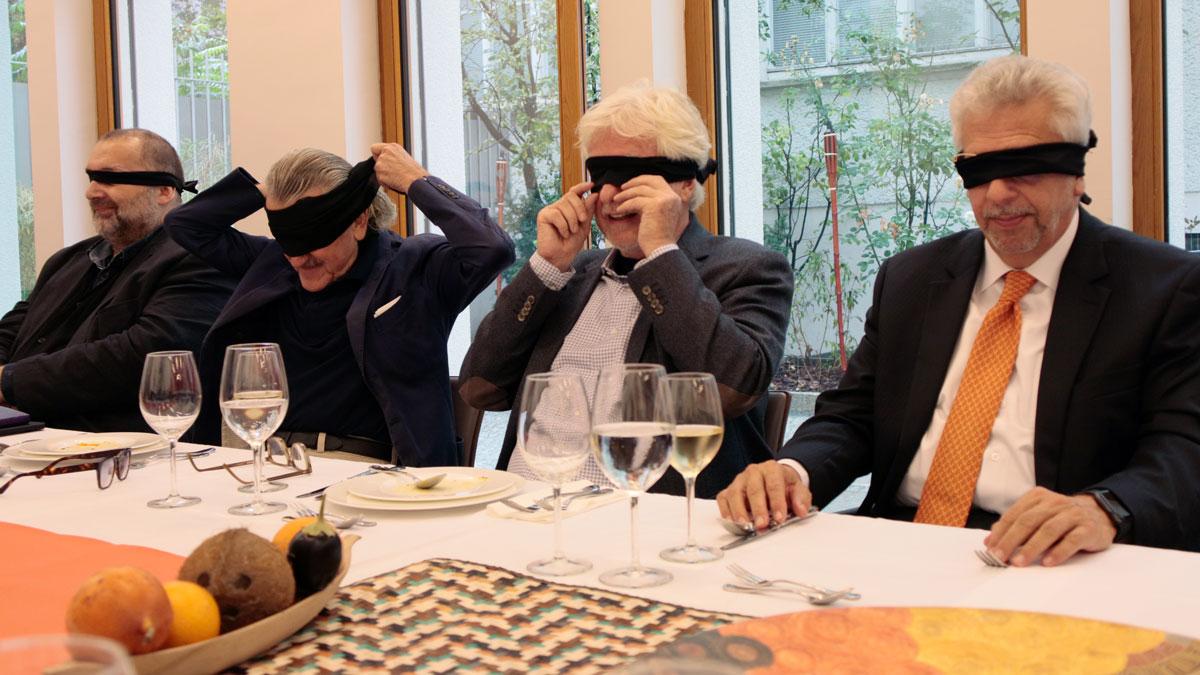 Andreas Kurz (Kolumnist der Berliner Zeitung), Cello-Legende und Gastronom Dieter Meier (ua. Ojo de Agua), GE Herausgeber Helmut von Finck und Botschafter Hans-Peter Knudsen