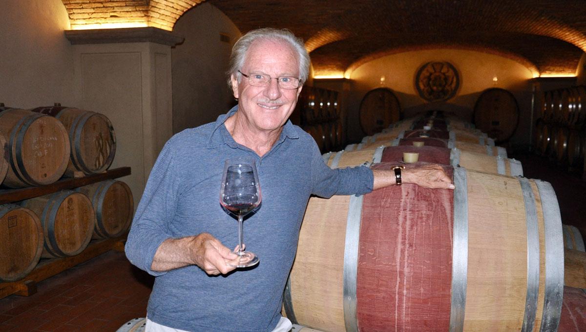 Wolfgang Reitzle im Barrique-Keller seines Weingutes. Foto WR