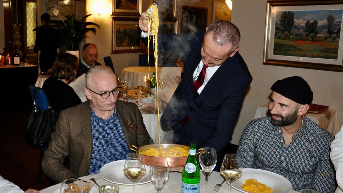 San Marco: Die feinen Tajarin schmecken unvergleichlich gut. 40 Eigelb werden mit einem Kilo Mehl verarbeitet! Foto WR