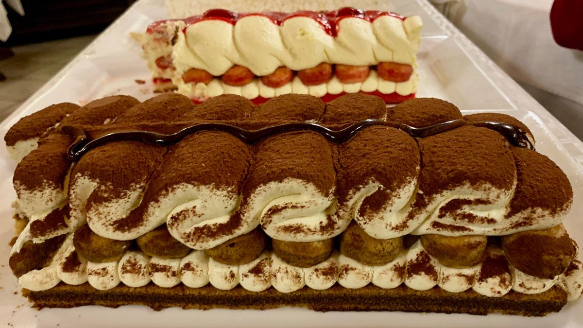 Die Desserts im Carrozza schmecken himmlisch. Foto WR