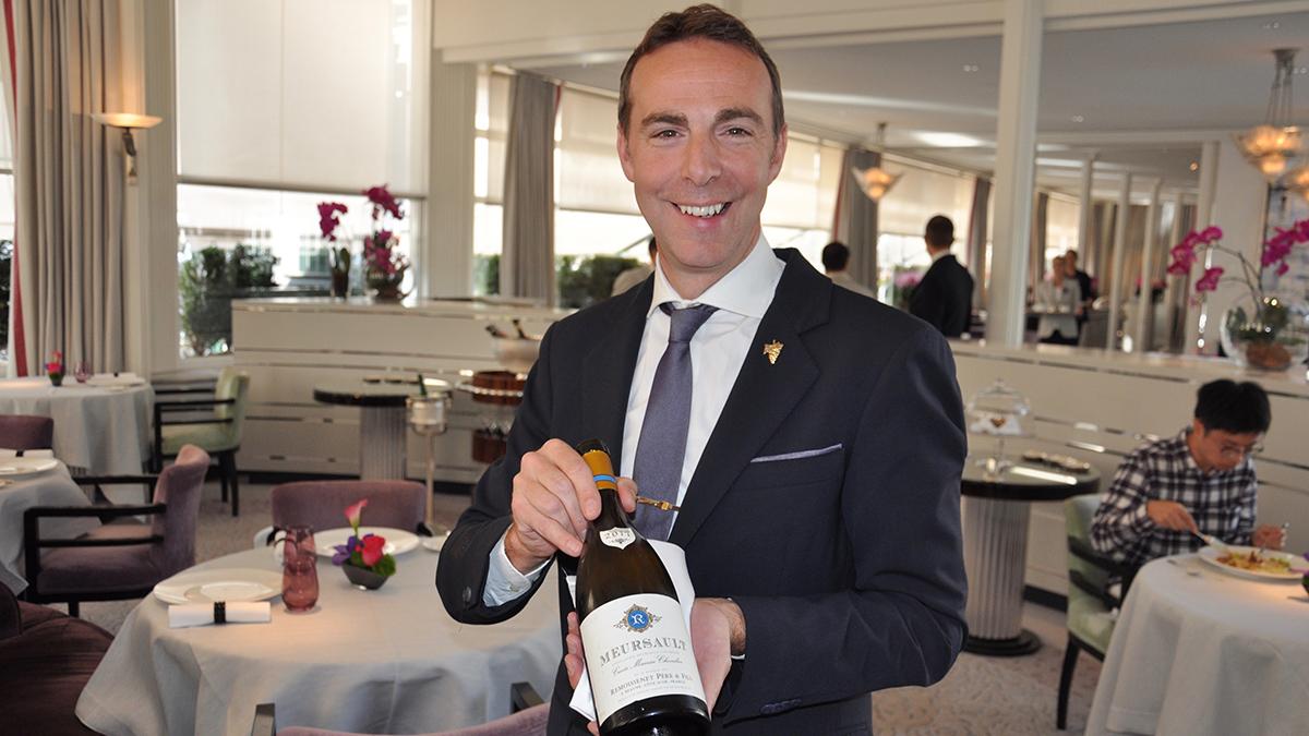 Restaurant-Chef Aurélien Blanc empfiehl zum Steinbutt einen Mersault aus dem Burgund. Foto WR
