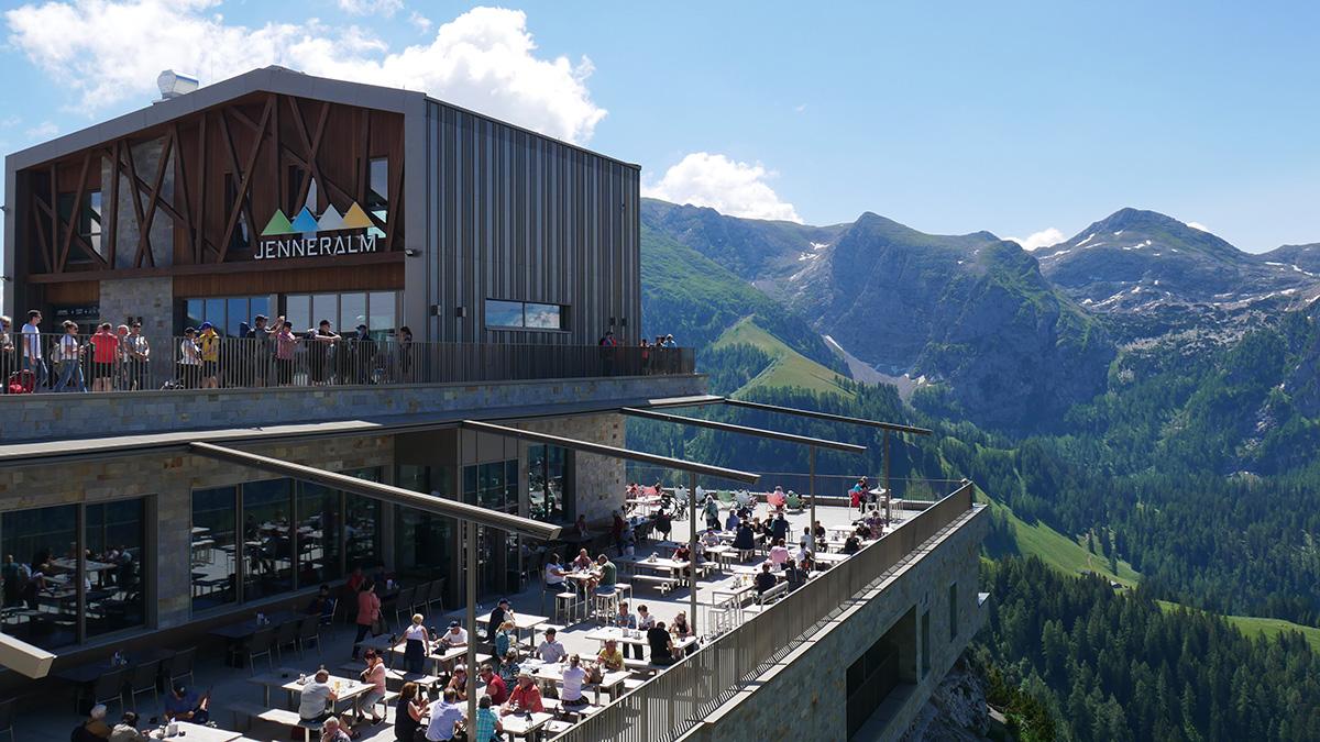 "Das neu eröffnete Restaurant ""Jennaralm"""