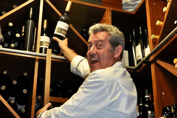 Starkoch Rui Paula hat die ganze Weinwelt im Keller. Foto WR.