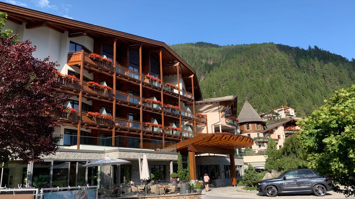 Das luxuriöse 5-Sterne Hotel Central in Sölden. Foto WR